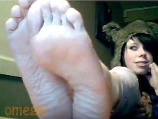 Pretty omegle feet