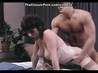 Honey wilder jerry butler in jerry butler doggy fucks a hot brunette chick
