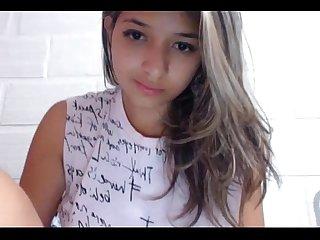 Novinha na webcam maravilhosa