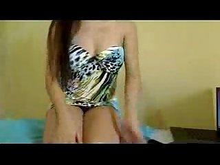 Gostosas na webcam Gostosa Novinha deixando sua mensagem pra galera xvid