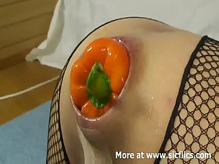 Huge chilli pepper anal insertions