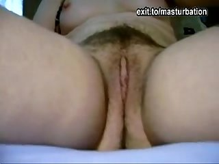 Paulas solo: proud of my trimmed hairy pussy