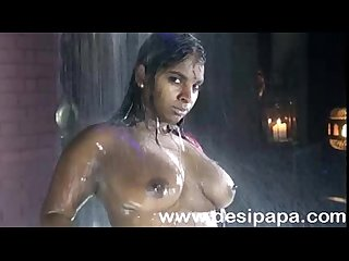 Sexy indian model shooting porn in shower exposing her bigtits