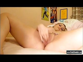Girl masturbates on stepbrothers bed oskiedamdek period com