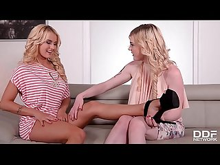 Must-see blonde foot fetish lesbians Carly Rae & Aisha suck their sexy toes